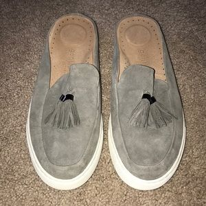 Kenneth Cole Gentle Souls Rory Suede Mules